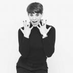 Suzi Ruffell - Dance Like Everyone's Watching