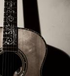 Acoustic Bowie / Acoustic Queen